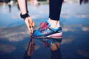 Les Chaussures Running En Amorti Modèles Août De Pour Meilleurs Avec 76vgbfYy
